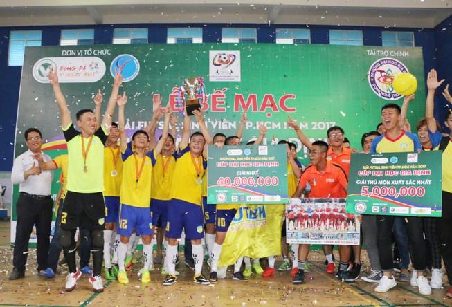 Đại học HUTECH vô địch giải Futsal sinh viên TP.HCM