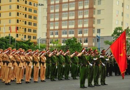 Chính phủ sửa đổi quy định về thăng, giáng cấp bậc quân hàm