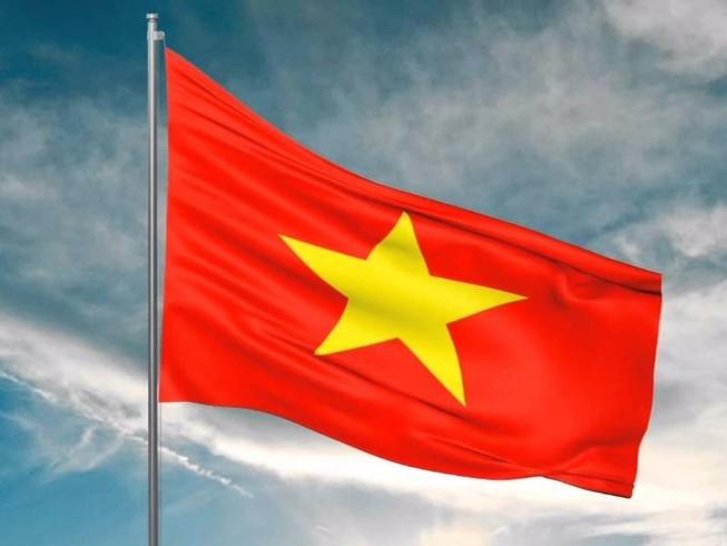 Treo cờ Tổ quốc không trang trọng bị phạt 5 triệu