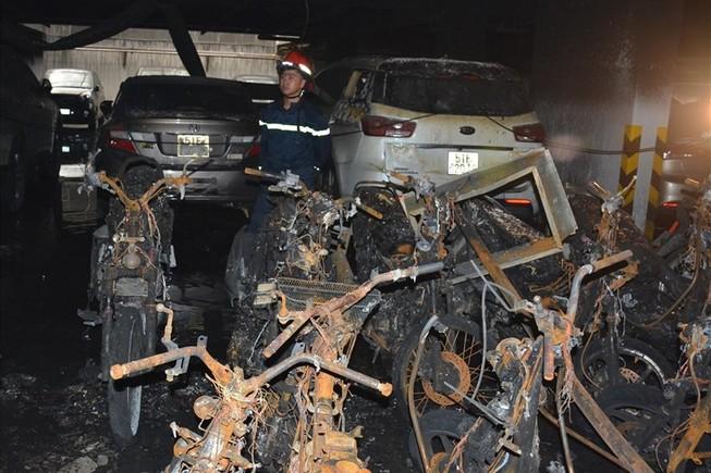 Vụ cháy chung cư Carina gây thiệt hại nặng nề về người và sản