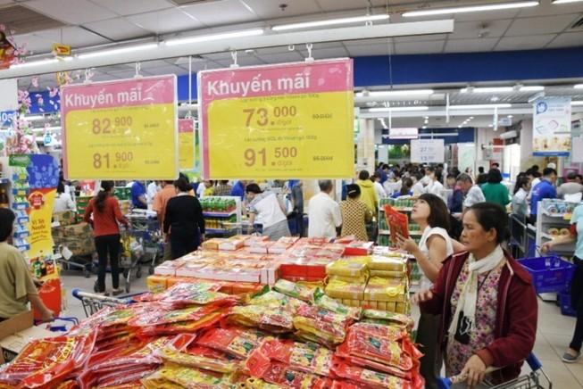 Co.opmart: Sản phẩm Tết đồng loạt giảm giá mạnh