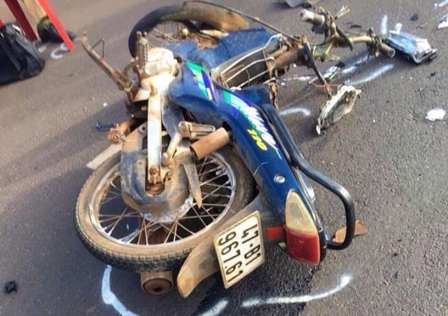 Ô tô tông trực diện xe máy, 1 người tử vong