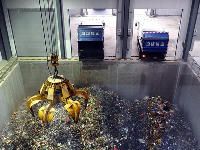 Trung Quốc chi hơn 35 tỉ USD xử lý rác thải