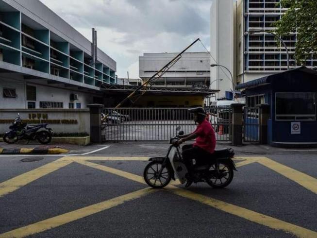 Malaysia đưa xác nạn nhân Triều Tiên đến lò hỏa táng