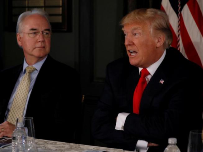Bộ trưởng Y tế Mỹ từ chức vì áp lực từ ông Trump