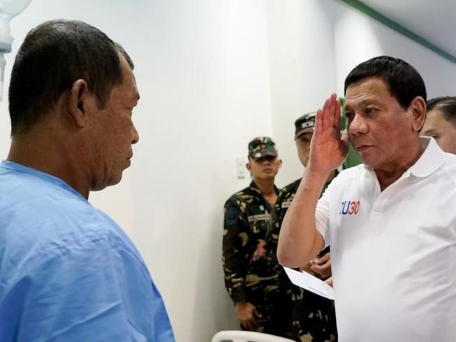 Tổng thống Duterte đang chờ kết quả xét nghiệm ung thư