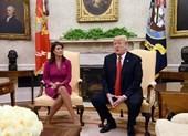 Tại sao đại sứ Mỹ tại Liên Hiệp Quốc bất ngờ từ chức?