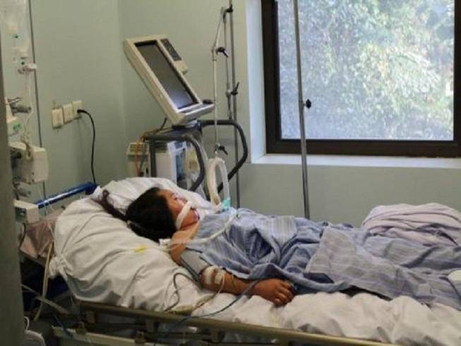 Nữ bệnh nhân thứ 3 bị virus ăn não đang nguy kịch