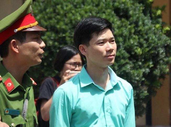 Siết chặt an ninh tại phiên xử bác sĩ Hoàng Công Lương