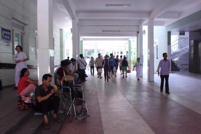 BV Đà Nẵng kiểm điểm bác sĩ đùa giỡn trong ca trực