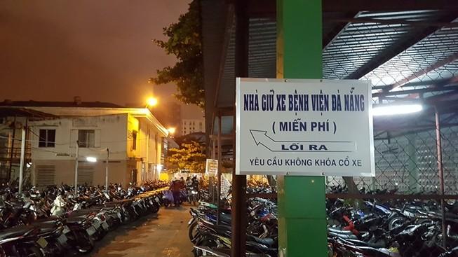 Đại biểu Đà Nẵng tranh luận về phí giữ xe bệnh viện