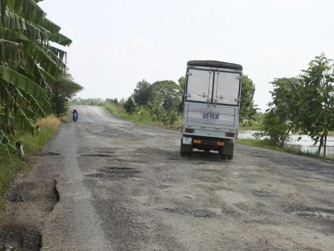 Cần Thơ: TNGT tăng, đường sá thiếu tiền duy tu sửa chữa