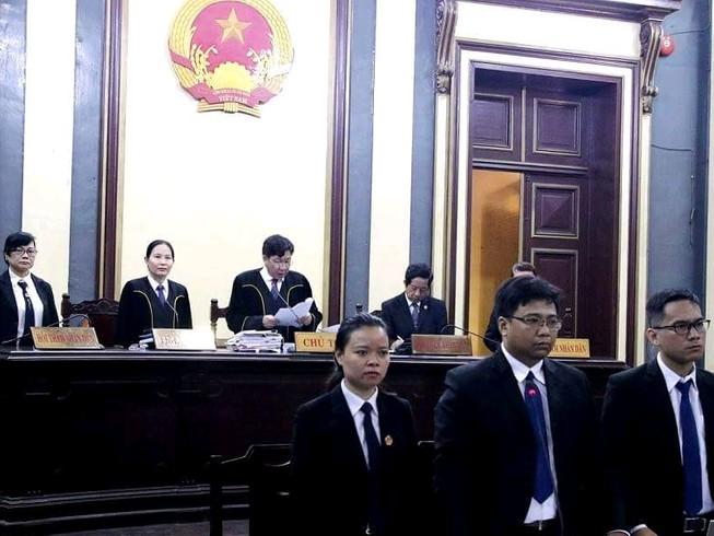 Vụ Hứa Thị Phấn: Luật sư gửi thư xin lỗi HĐXX