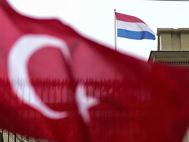 Thổ Nhĩ Kỳ 'cấm cửa' đại sứ Hà Lan