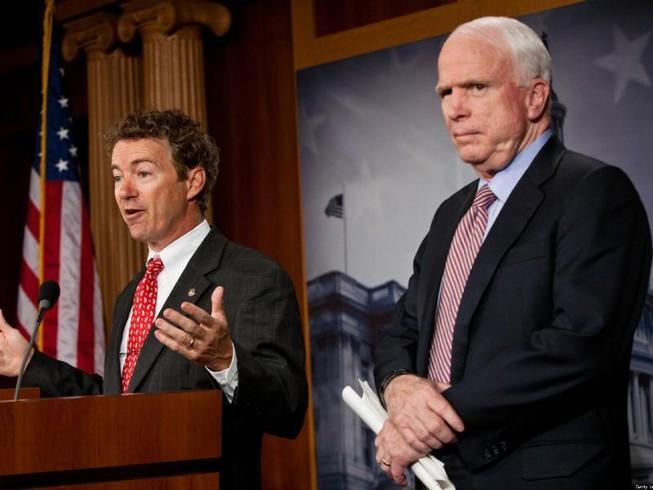 Ông McCain chỉ trích đồng nghiệp 'làm việc cho Putin'