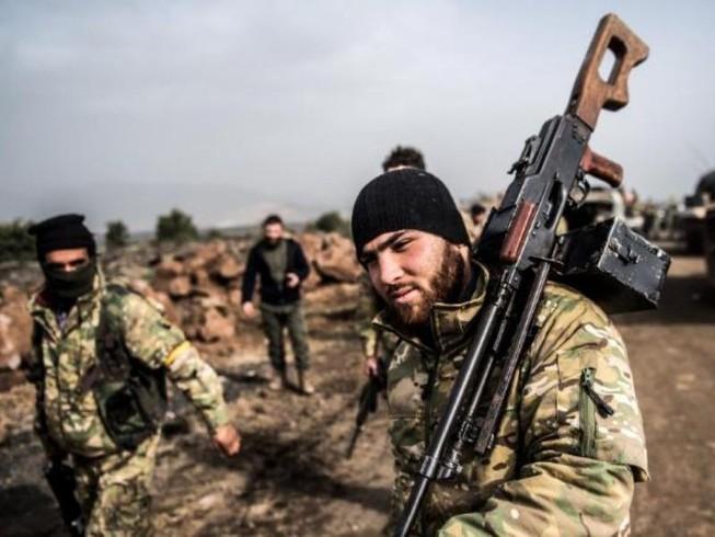 Quân tình nguyện tại Syria đối đầu quân Thổ Nhĩ Kỳ
