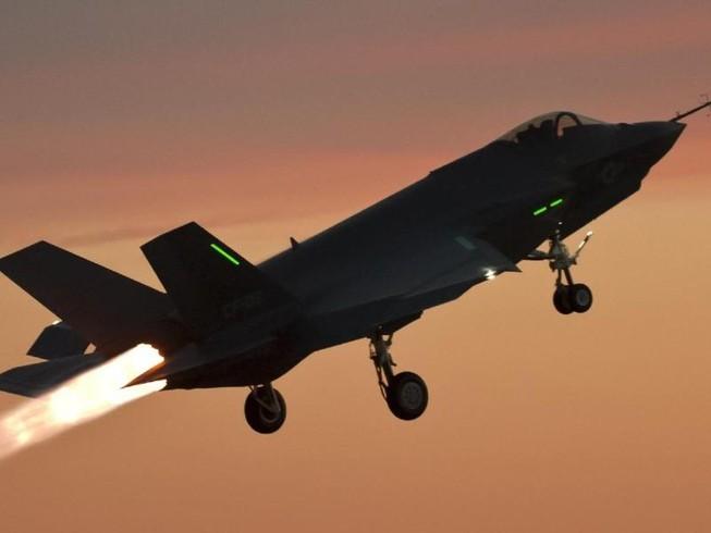 S-500 của Nga có thể hạ gục F-22, F-35 của Mỹ?