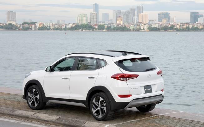 Hyundai Tucson 2017 thế hệ mới, giá chỉ 815 triệu