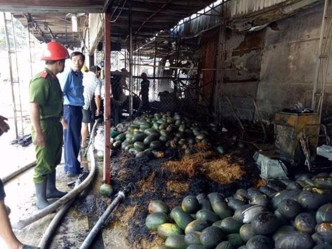 Cháy kiot  và quán cà phê ở Biên Hòa