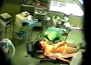 Nam điều dưỡng 9X bị tố hiếp dâm nữ bệnh nhân U60