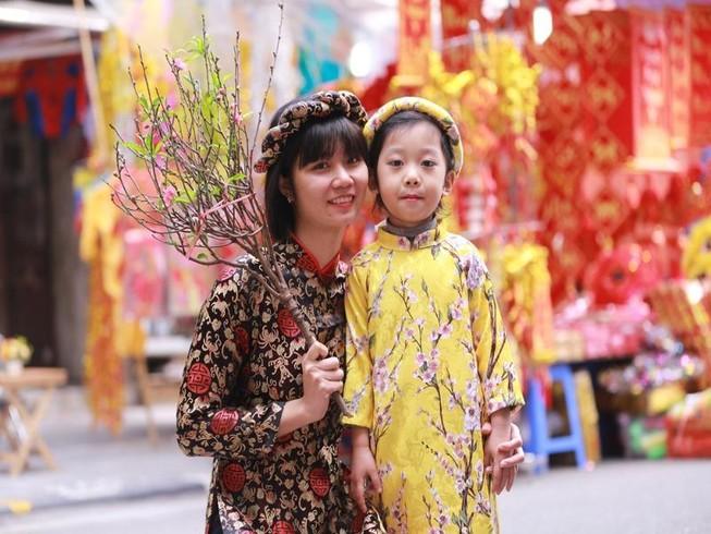 Chợ hoa Hàng Lược nhộn nhịp những ngày giáp Tết