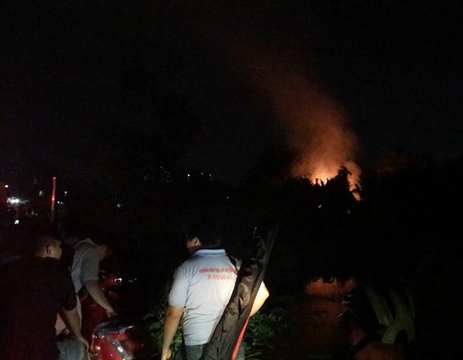 Dập tắt đám cháy giải cứu cụ già neo đơn ở Bình Thạnh