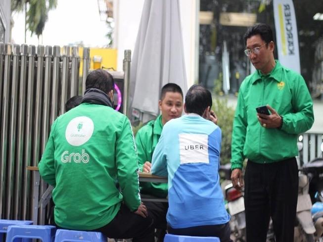 """Tài xế Uber, Grab """"chạy"""" sang Mai Linh Bike?"""