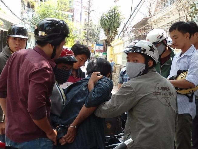Đặc nhiệm hướng Nam nổ súng bắt 2 kẻ cướp