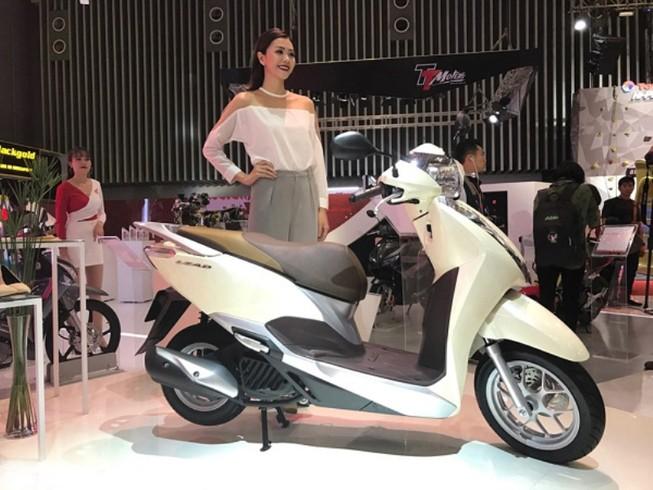 5 đại gia 'hốt bạc' nhờ người Việt vẫn tăng mua xe máy