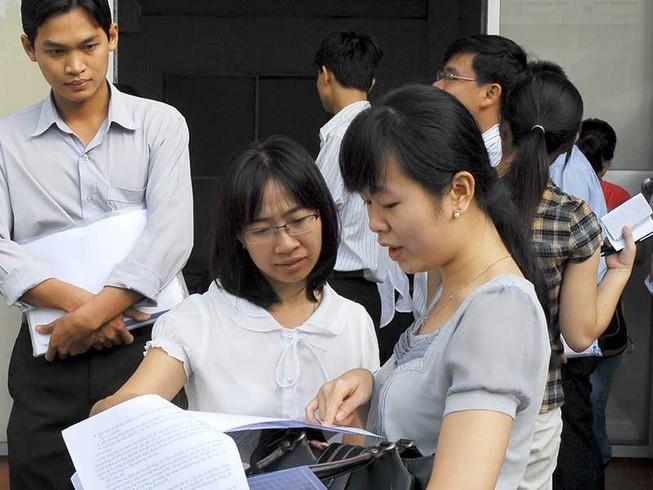 TP.HCM bỏ hộ khẩu trong tuyển dụng công chức