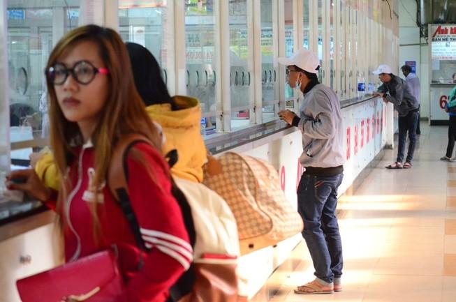 Lễ Giỗ Tổ: Bến xe Miền Đông vắng khách