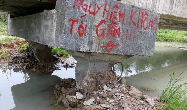3 đơn vị 'cãi' kết quả giám định cầu sập ở Bình Thuận