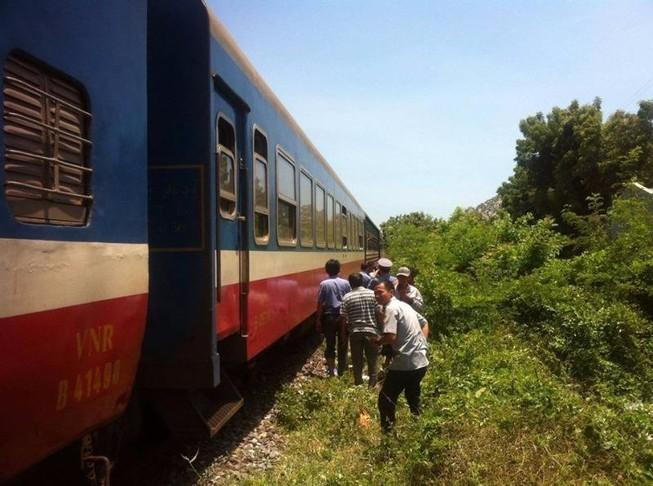 Băng ngang đường tàu, 2 phụ nữ thiệt mạng