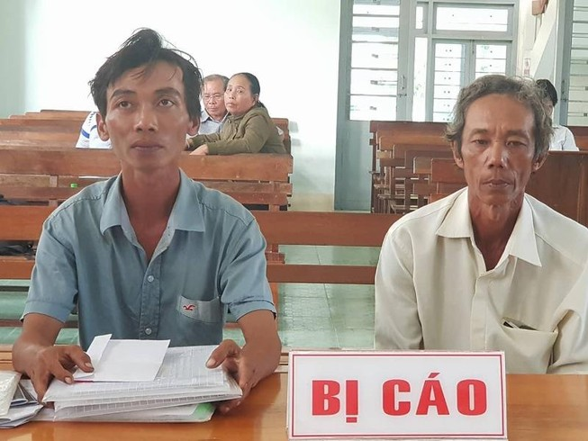 Chiều nay tòa án họp báo vụ 2 nông dân nhận hối lộ
