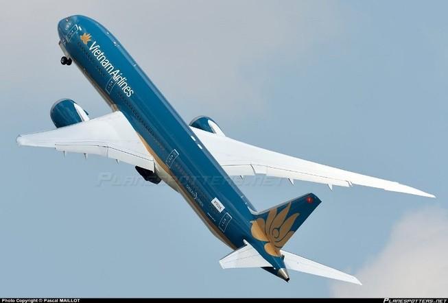 Nhiều chuyến bay quốc tế điều chỉnh giờ bay do bão