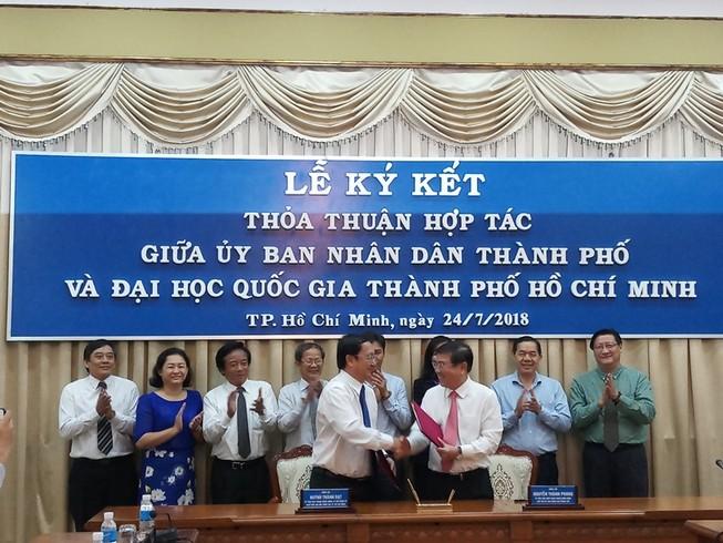 ĐH Quốc gia TP.HCM ký thỏa thuận hợp tác với UBND TP