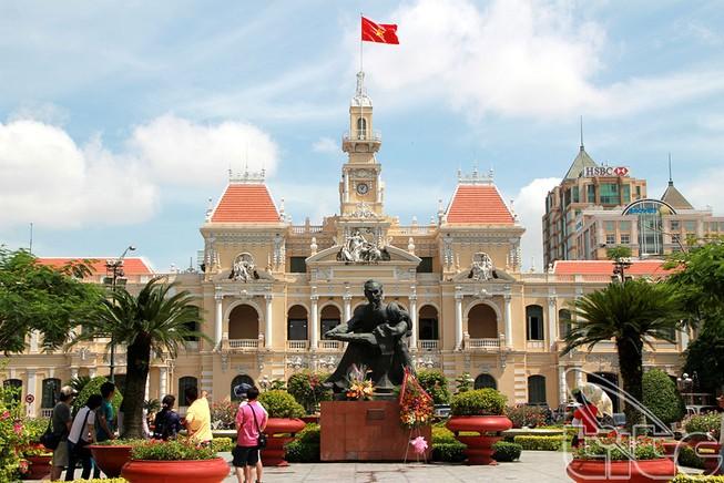 Doanh thu du lịch TP.HCM đạt hơn 115.000 tỉ đồng