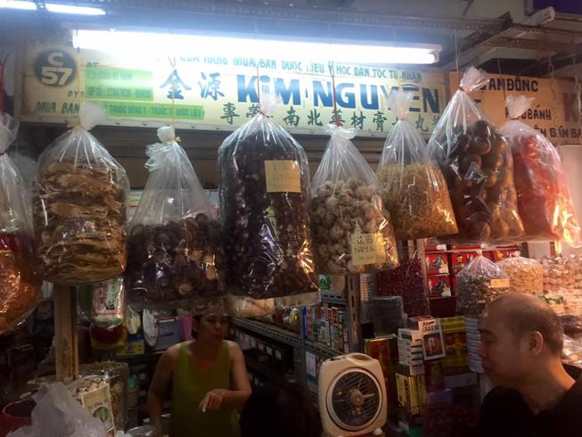 Tiểu thương chợ An Đông 'kêu cứu' vì sợ cháy nổ