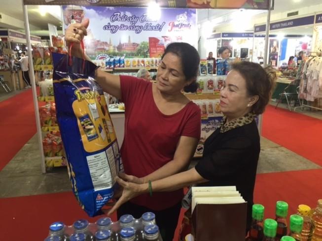 Nhiều đặc sản Lào, Thái Lan, Campuchia... hội tụ về TP.HCM