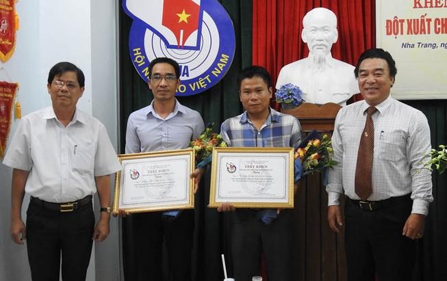 Khen thưởng 2 phóng viên báo Khánh Hòa bị hành hung