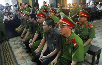 Thảm sát Bình Phước: 'Đọc bản án, không thể tha thứ cho một bị cáo nào'