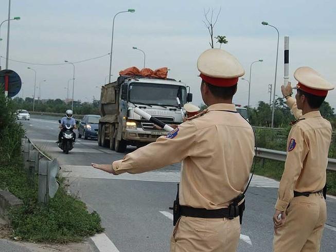 CSGT cấp nào không được tự ý ra quốc lộ bắt vi phạm?