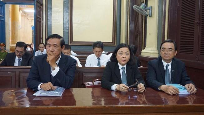 Vụ bà Phấn: Luật sư bất ngờ cung cấp chứng cứ vì không tin VKS
