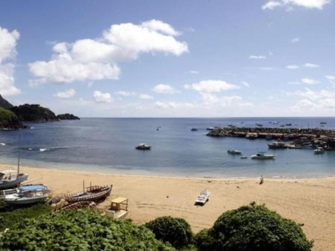 Hòn đảo 'cấm sinh con' đón thiên thần đầu tiên sau 12 năm