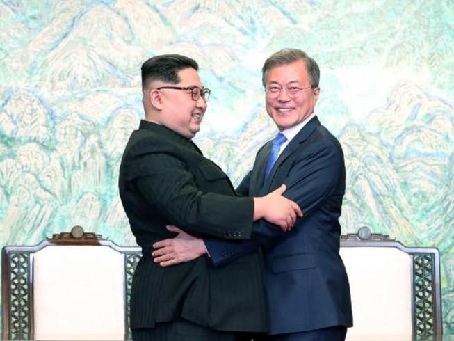Ông Kim Jong-un viết gì cho ông Moon dịp cuối năm?