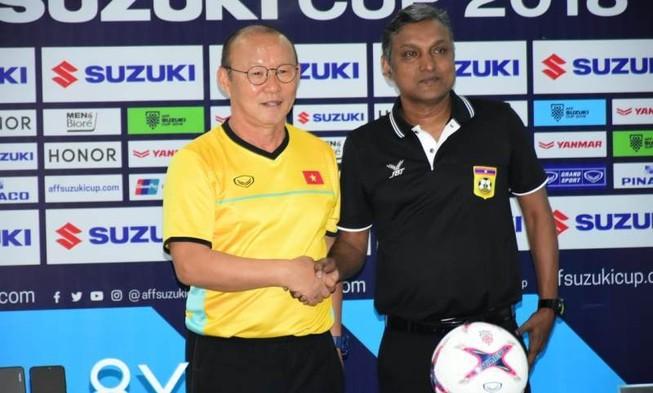 Lào đóng cửa 'luyện công', đặt mục tiêu đả bại tuyển Việt Nam