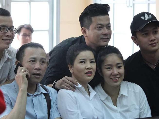 Ngọc Trinh thắng kiện Nhà hát Kịch TP.HCM