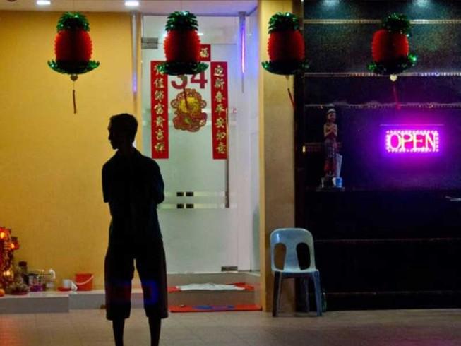 Hợp pháp hóa mại dâm: Lắm vấn đề phát sinh