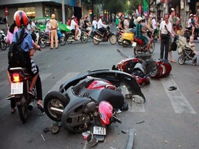 Bốn ngày nghỉ lễ, 79 người chết vì tai nạn giao thông