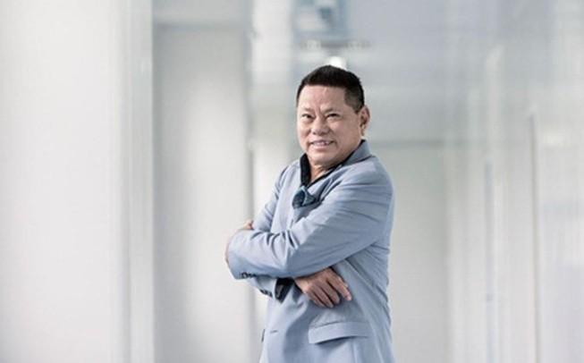 Tỷ phú Hoàng Kiều tuyên bố khởi kiện bản quyền âm nhạc